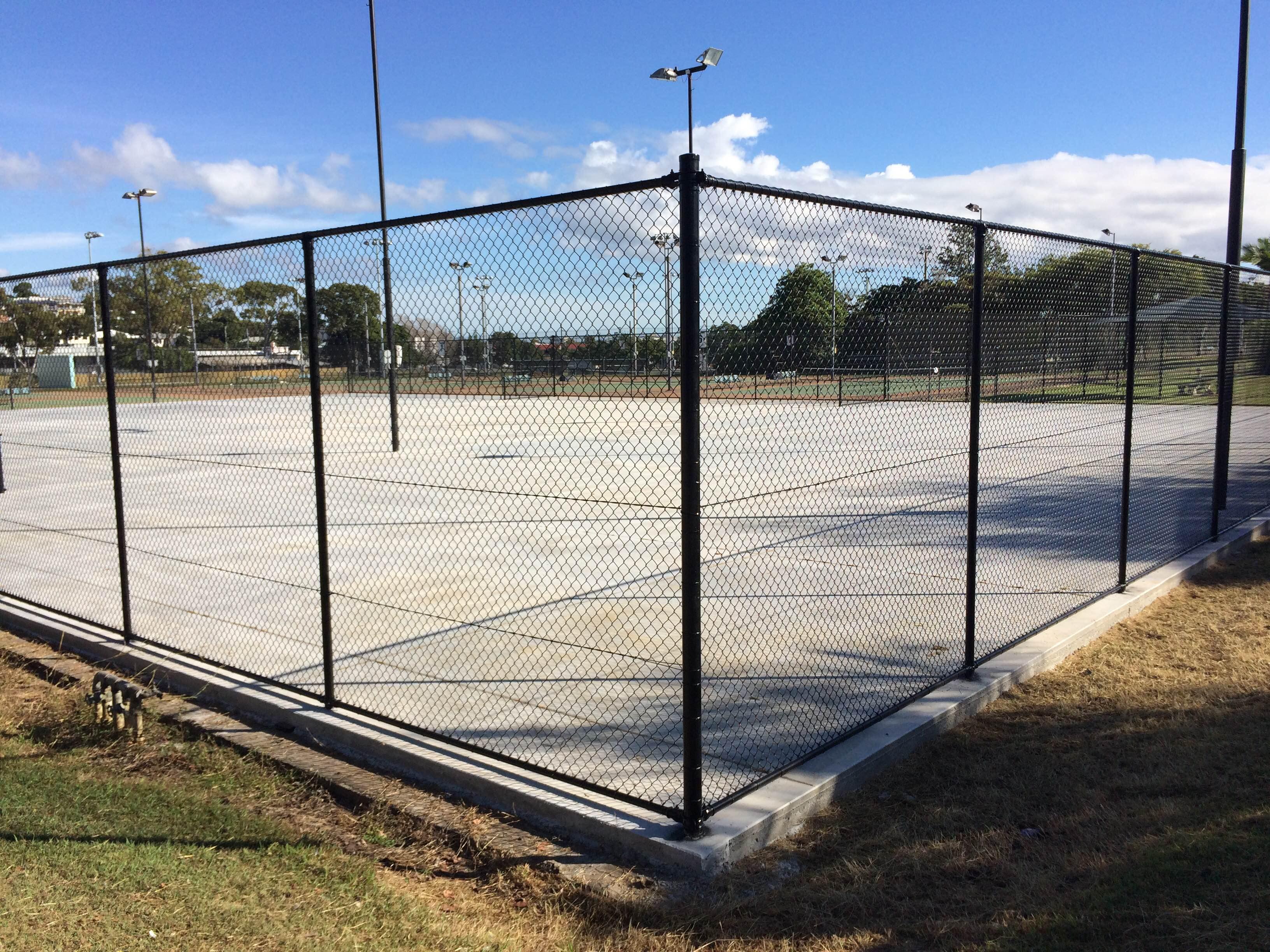 Corner court 5